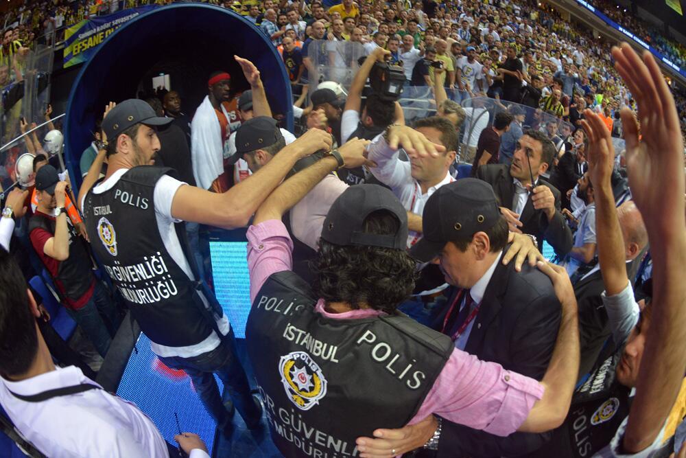 Beko Basketbol Ligi Final Serisi 5. maç sonu yaşananlar -3