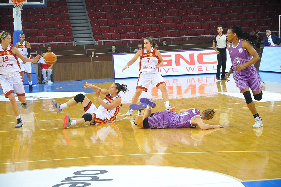 Jelena Dubljevic, Nuria Martinez, Ayşegül Günay